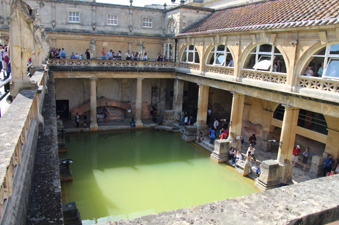 Travel:Overwhelmed by Old World Beauty in Bath,England.